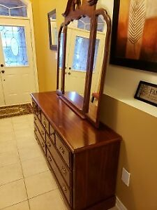 Dresser and Queen size bed head and foot board $85
