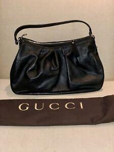 Gucci black leather signature purse (BNWT)