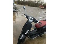 Black 2016 VESPA - brilliant condition 125CC