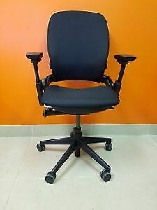 Great Condition Pre owned Steelcase Ergonomic Chair –Leap V2