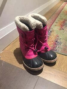 Winter boots - youth sizes
