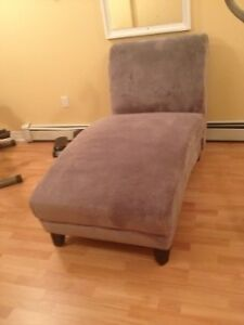 Very good condition chaise lounge