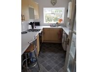 Fully furnished clean newly decorated double rooms in shared house for prof peope, all bills inc