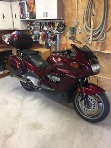 Moto Honda ST 1100 2001