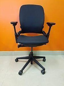Stealcase Leap V2 Chair in excellent condition fully refurbished