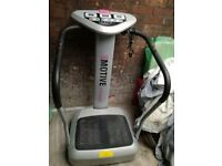 Vibro Plate, hardly used, excellent condition.