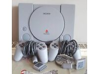 SONY PlayStation 1 PS1 w/ 2 pads
