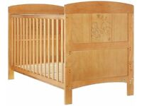 East Coast Disney Winnie the Pooh Deluxe Cot Bed toddler bed 140x70cm