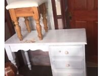 Dresser with stool solid pine