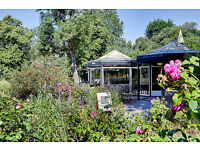 Weekend staff required- Cafes and Restaurants in sunny Regent's Park!