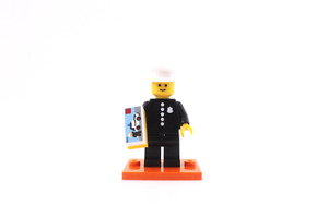 Lego minifigure series 18 classic policeman