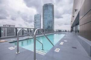 Downtown Vancouver with Rooftop Pool- New Price