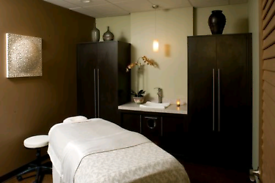£30 best massage with experienced male therapist in call&out call