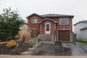3+2 Raised Bungalow North Barrie