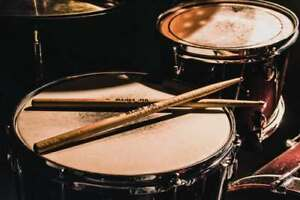 Drummer wanted for alternative rock band!