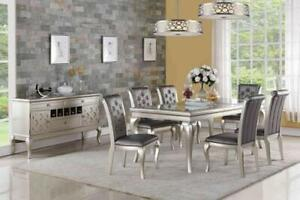 MODERN DINING ROOM TABLE | TORONTO |  FREE SHIPPING (GL2409)
