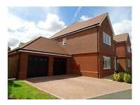 Luxurious 5 Bed Detached House in Beautiful Surrey (Camberely)