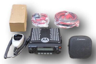 Motorola Xtl2500 P25 Digital Uhf 380-470 Mhz Dash Mount 40 Watt