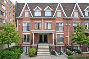 2 bedroom, 1.5 bathroom Townhouse available in Liberty Village