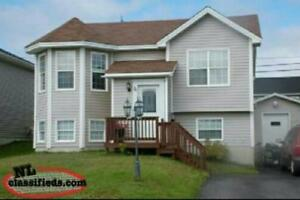 3 Bedroom Upstairs apartment in Airport Heights