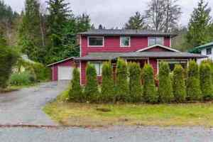 Gibsons & Area House for sale:  3 bedroom 1,583 sq.ft.