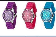 Gossip Watch Set