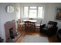 Lovely large 2 bed flat on Peckham Rye - £1550 per month - available from 6th March 2017