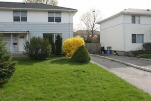 Walk to Fanshawe & Oxbury Mall. All utilities inc. MONTHLY LEASE