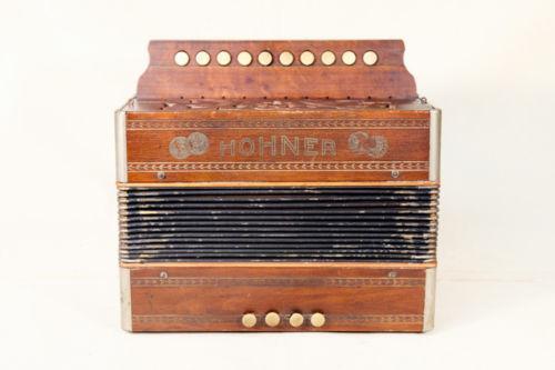 Vintage Hohner Accordion   eBay