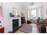 Must Have A Look At This Period 2 Bed Flat Just Off King Street Close To Station & Local Amenities