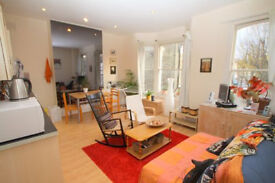 Lovely 2 Bedroom First floor flat within this period property.