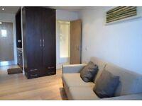 Studio flat in Kilburn High Road, Kilburn, NW6