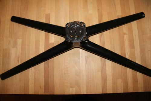 how to unlatched samsung tv stand
