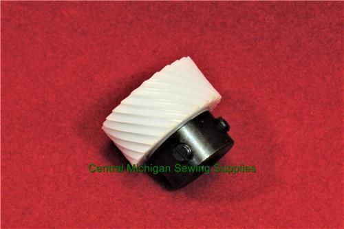 Riccar Sewing Machine Hook Drive Gear Fits Many Models 555FA, 570, 571, 581, 591