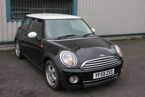 2009 MINI COOPER D R56 1.6D DIESEL BLACK BREAKING FOR SPARES WHEEL NUT