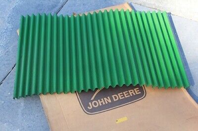 New Old Stock Genuine John Deere Grill Screen R293r 80 820 830 R 840 Mint Nos