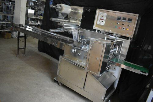 FLOW Wrap Packaging Machine For food and bake goods to regular household Item