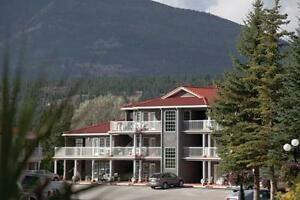 Great Deal on 1 Week Villa Rental in Fairmont Hot Springs BC