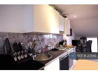 1 bedroom flat in Queens Road, Buckhurst Hill, IG9 (1 bed)