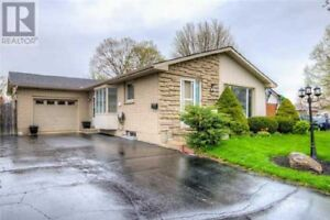 Beautifully Renovated Bungalow with Single Car Garage