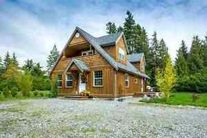 Gibsons & Area House for sale:  3 bedroom 2,265 sq.ft.