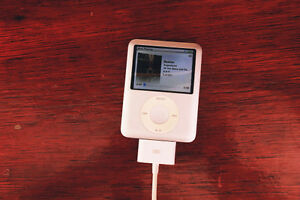 4Gb ipod nano 3rd gen