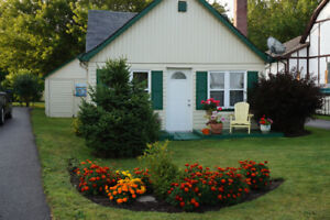 Small house winterized and fully furnished
