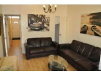 6 bedroom house in Heeley Road, Selly Oak, B29
