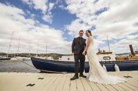 Creative Wedding Photographer-Free Engagement Session