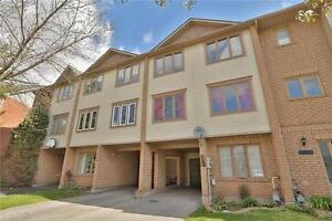 ROOM FOR RENT IN OAKVILLE - IDEAL LOCATION