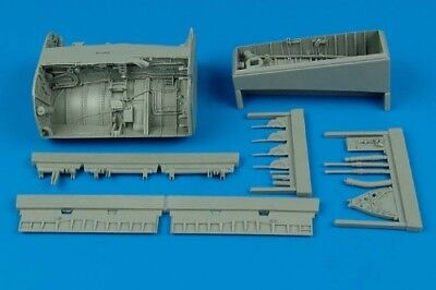 Aires 1/32 F-8 Crusader wheel bay for Trumpeter kit 2096