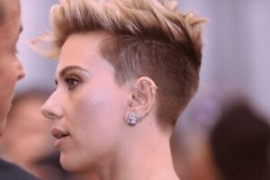 Models with cartilage ear piercing
