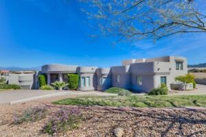 Elegant Rental Overlooking 4 Peaks Mt With Private Casita