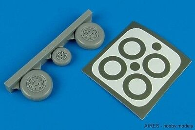 Aires 1/48 F-105 Thunderchief wheels paint masks for Trumpeter kit 4414